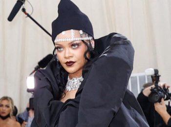 Rihanna en couette au Met Gala 2021 ? Les internautes choqués !