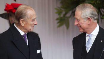 Charles : ce cliché d'enfance collector avec le prince Philip qu'il partage en guise de remerciements