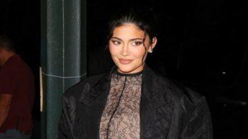 Kylie Jenner, enceinte, fait sensation dans les rues de New York !
