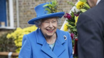 """Elizabeth II : la Reine est """"ravie"""" que Meghan et Harry aient trouvé leur bonheur loin de la famille royale"""