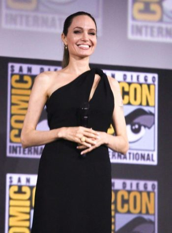 Mimi Mathy, Céline Dion, Daniel Radcliffe... : A quel âge ces stars ont-elles perdu leur virginité ?