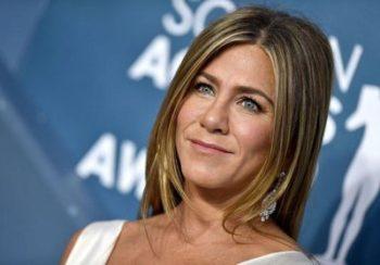 Jennifer Aniston assure que David Schwimmer est comme son « frère »