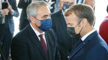 Emmanuel Macron : son dernier échange glacial avec Xavier Bertrand filmé