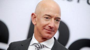 Jeff Bezos dans l'espace : une journaliste craque en plein direct sur BFMTV