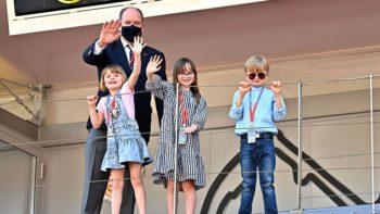 Prince Albert : ses enfants Jacques et Gabriella taquins pour l'E-Prix de Monaco 2021