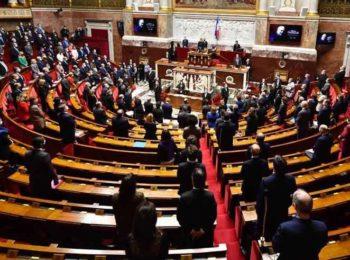 """""""Echangisme"""" à l'Assemblée nationale ? Des ministres et députés accusés d'avoir fréquenté les boîtes !"""