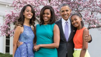 Barack Obama : drôles de clichés avant-après et belle déclaration de Michelle pour leurs 29 ans de mariage