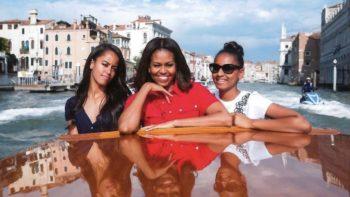 Michelle Obama : cette peur qui ne la quitte pas à propos de ses filles, Sasha et Malia
