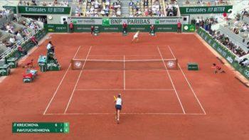 Quelle joueuse remporte la finale dames de Roland-Garros 2021 ?